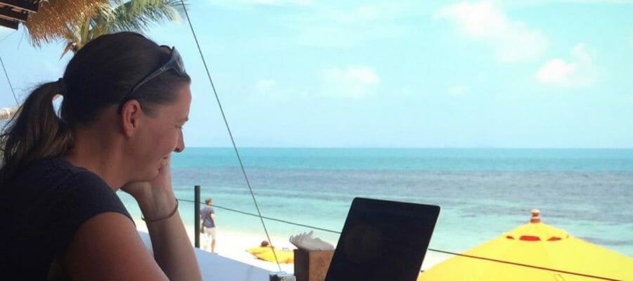 digitale nomaden. irgendwie ist der lifestyle in aller munde. aber sind das die «zwischen abi und s